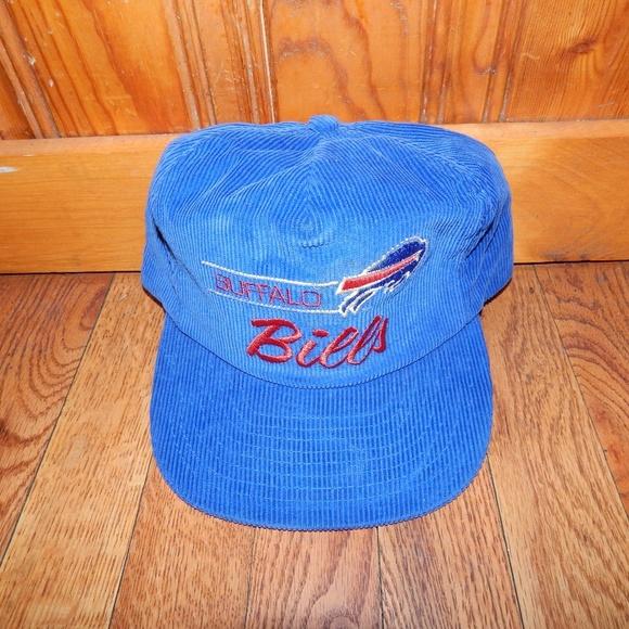 563df91db46 80's Buffalo Bills Corduroy Snapback Hat. M 5ab6a50b9d20f042a0999607